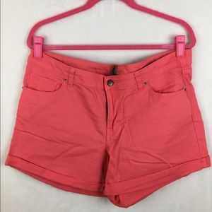 Denim shorts (coral)